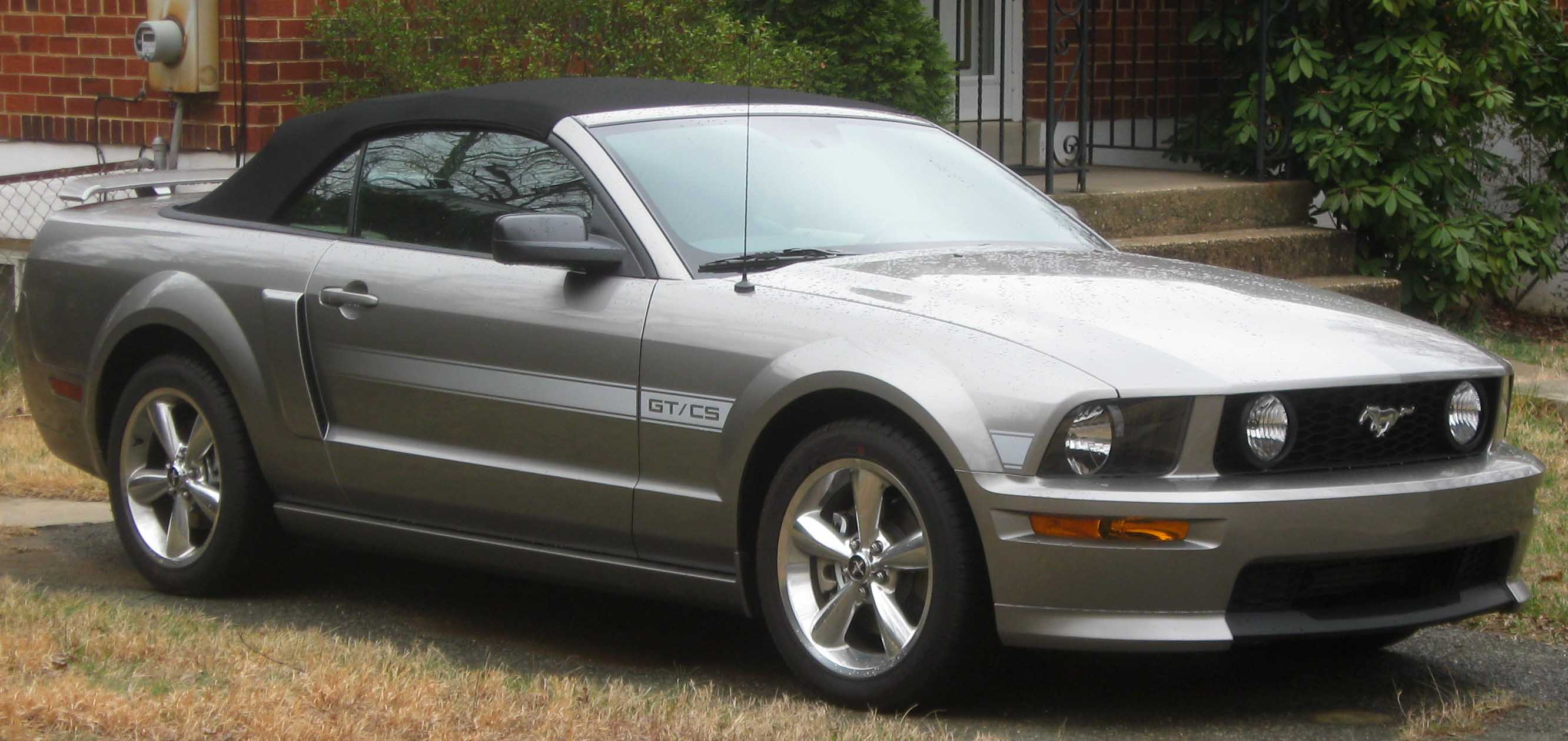 FORD MUSTANG (2007-2009)